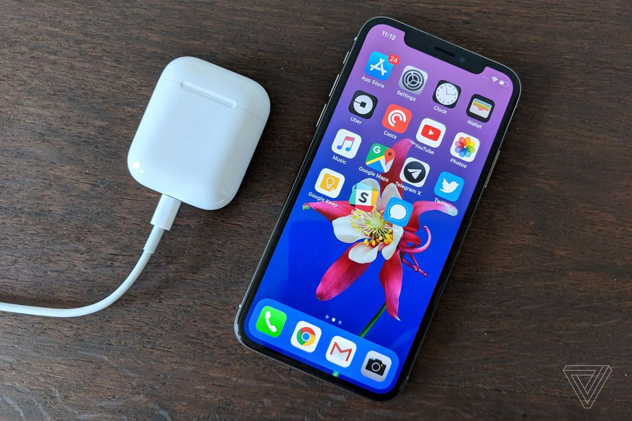 Using the AirPods case to wirelessly charge the iPhone would be genius